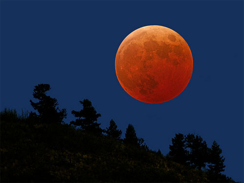 Red Moon Full - Youngberg Hill