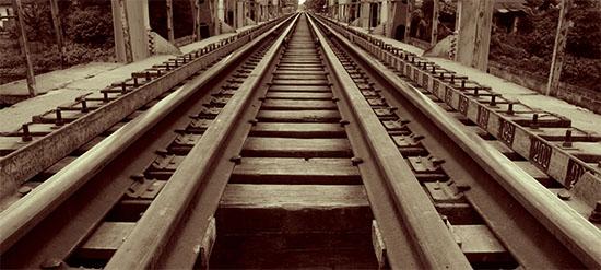 Railroad Tracks - Ha Tay