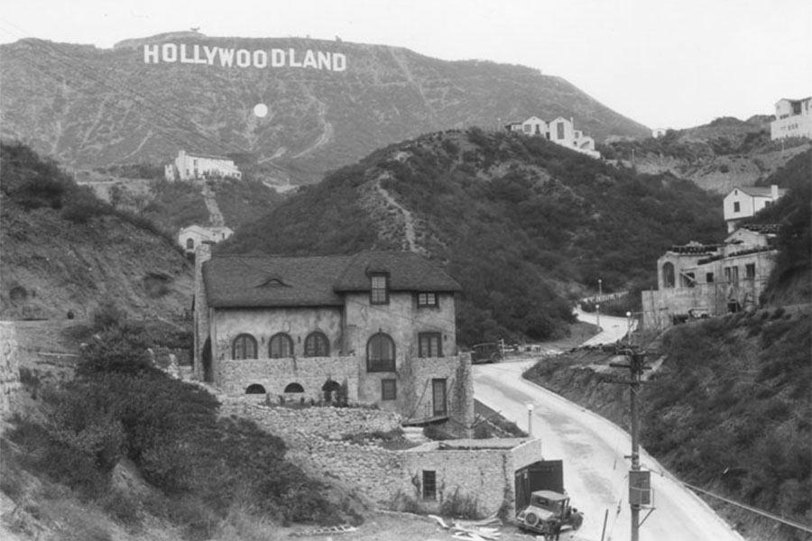 Eternal Lies - Los Angeles (Hollywoodland)