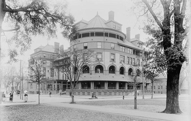 Hotel DeSoto - Savannah, GA